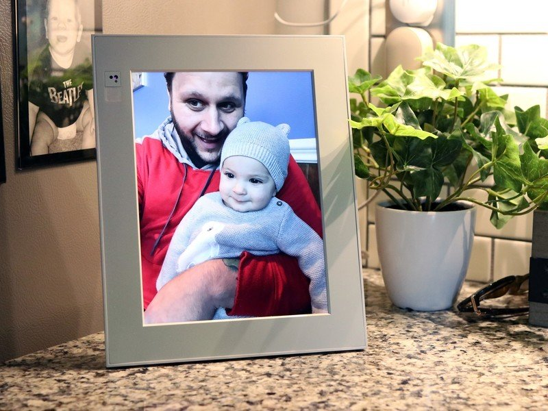 These Black Friday-discounted digital photo frames have best-gift-ever potential
