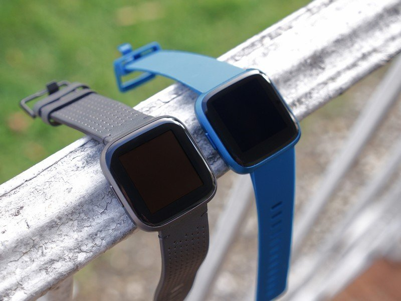 Fitbit Versa 2 vs. Versa Lite: Which is right for you?
