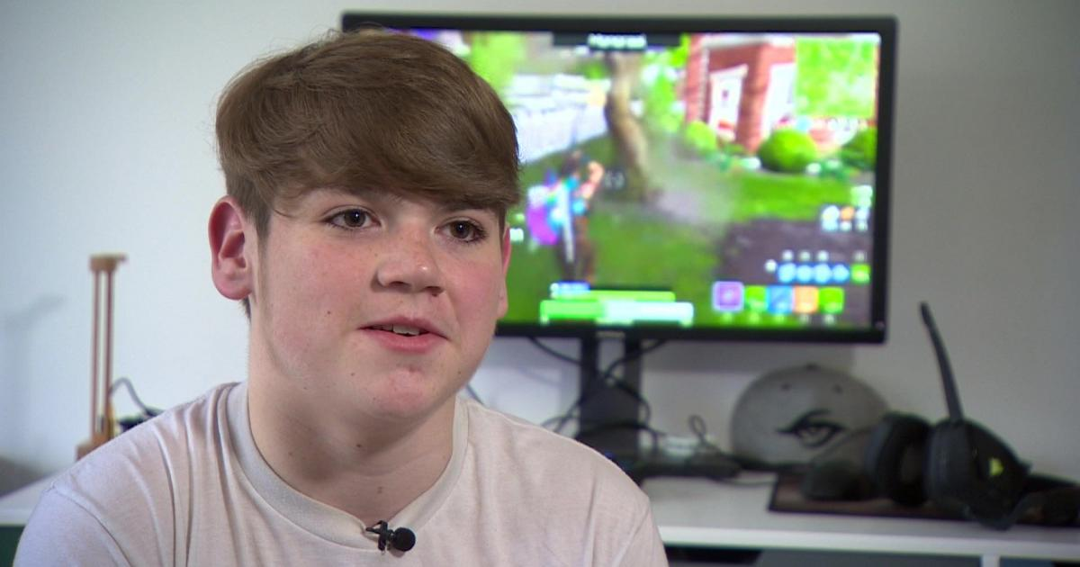 Professional 'Fortnite' player FaZe Mongraal accused of cheating in competition