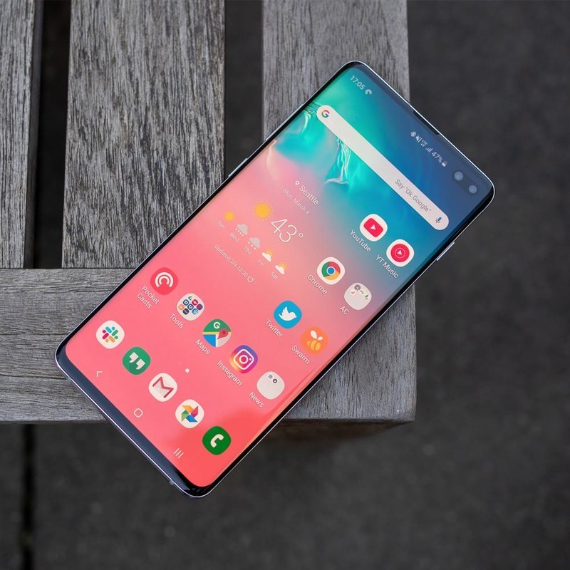 Samsung starts rolling out the stable Android 10-based One UI 2.0 update for the Galaxy S10