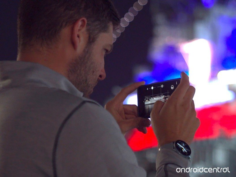 Andrew Martonik shooting with Night Sight on the Pixel 4