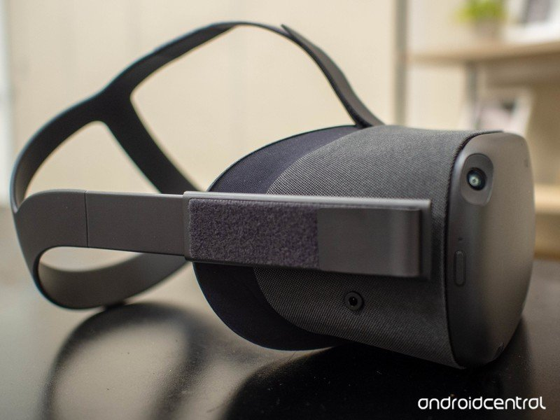 Oculus Quest closeup on table