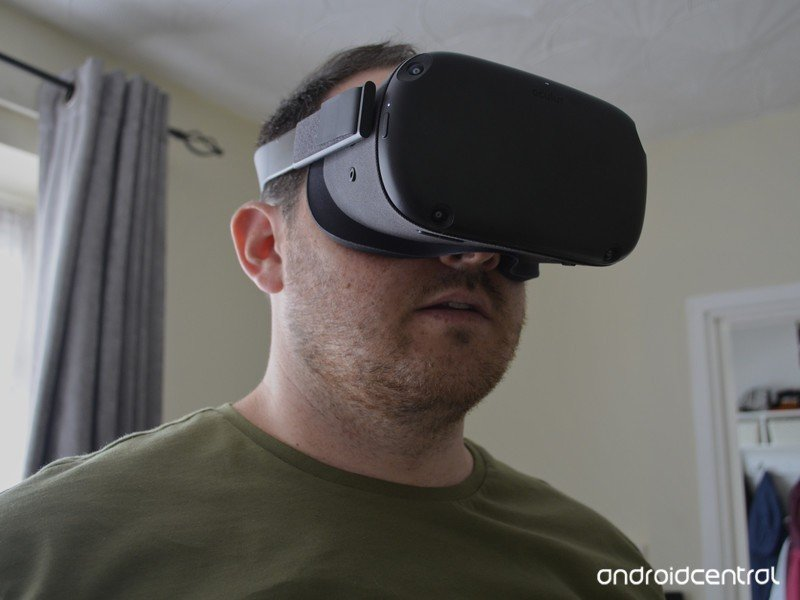 Oculus Quest cloesup on face