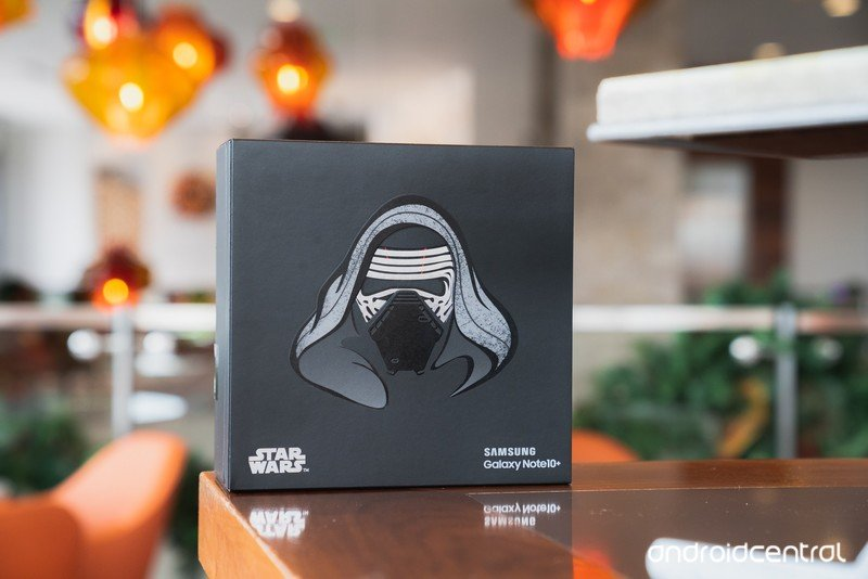 Galaxy Note 10+ Star Wars Edition packaging