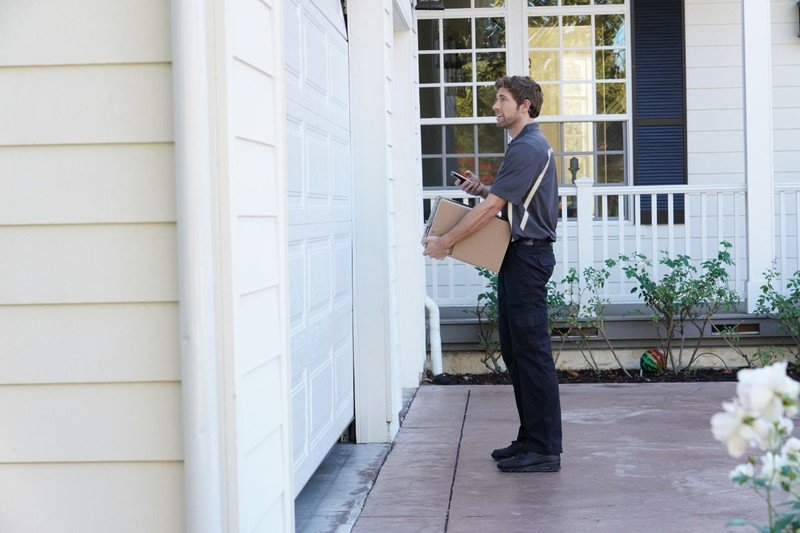 How to keep your holiday deliveries safe
