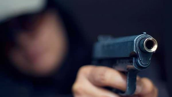 Man Tries Stealing Website Domain Name Back From Domain Squatter at Gunpoint