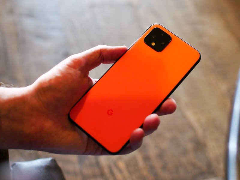 I hate big phones, but I really wish I went XL with the Pixel 4