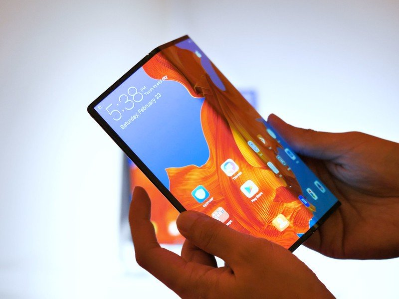 Huawei will launch an upgraded version of its Mate X foldable phone at MWC 2020