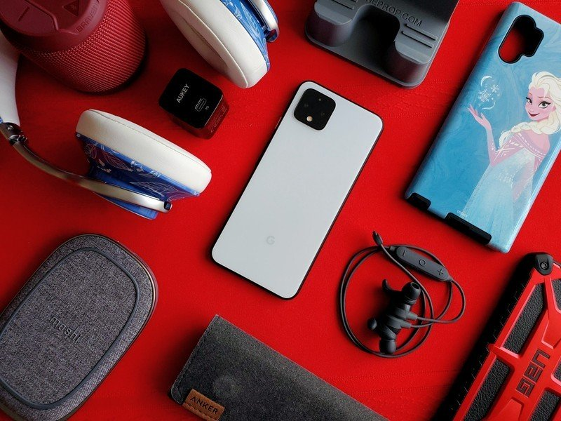 Best Accessories to Buy After Unwrapping Your New Android Phone