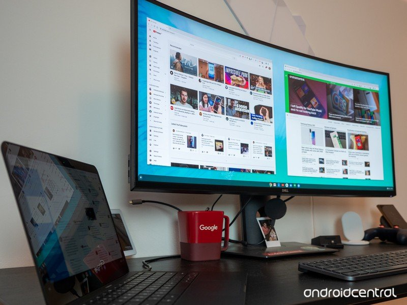 Chromebook plugged into a Dell monitor