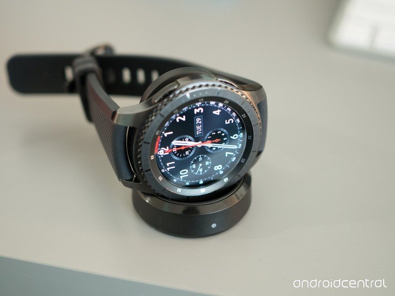 three Nice Third Get together Wi-fi Charging Docks for Samsung Gear S3