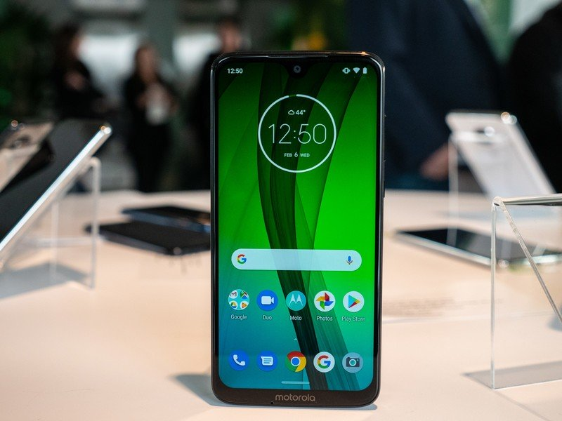 Finest Display Protectors for Moto G7 in 2020