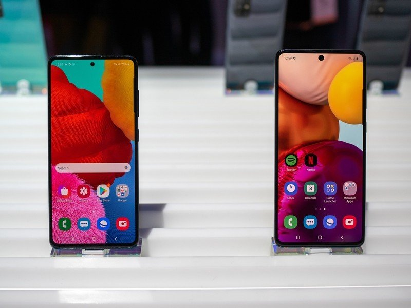 Galaxy A51 and A71 hands-on: Samsung's mid-rangers carry nice specs inside woeful plastic our bodies
